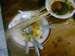 Habis makan.....kenyanggg....^_^